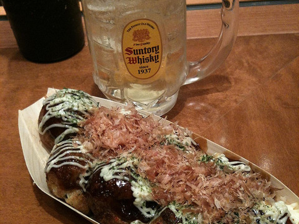 Takoyaki & drinks at Gindaco