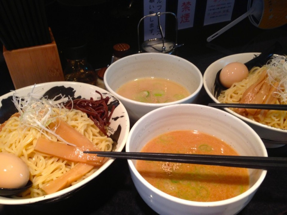 tsukemen with chicken soup to dip