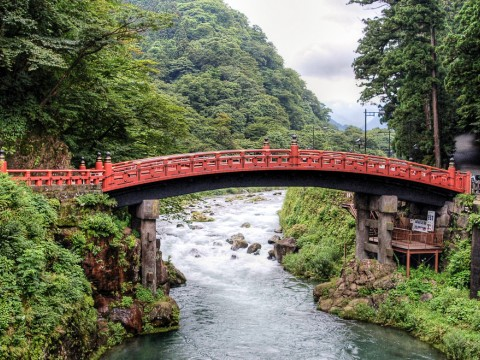 Nikko – breathtaking shrines, temples, and landscape images