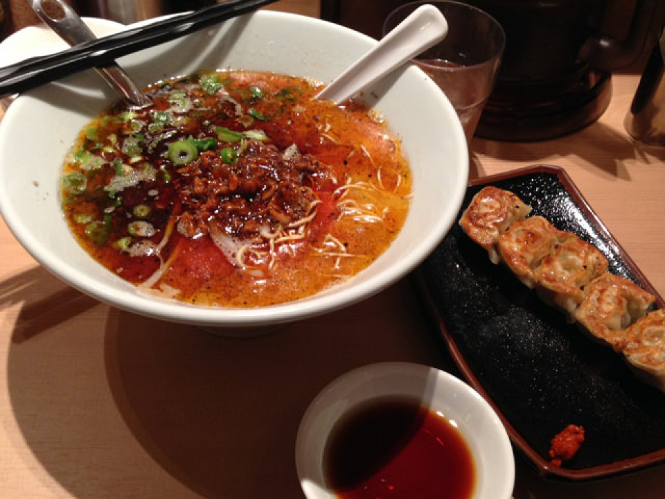 spicy Karaka-men ramen and small gyoza