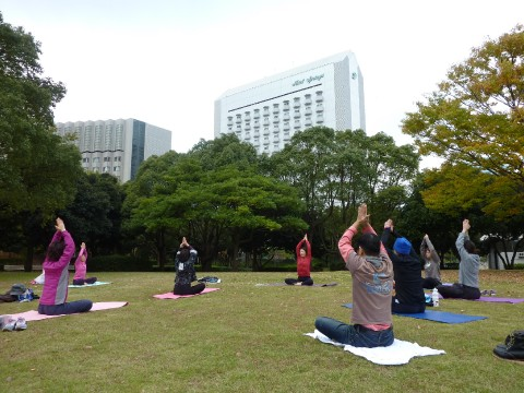 Drop-in Yoga Workshop at Temples in Tokyo images