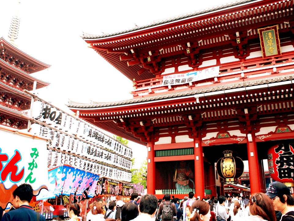 Sensoji Temple is useful when entering from the back gate!