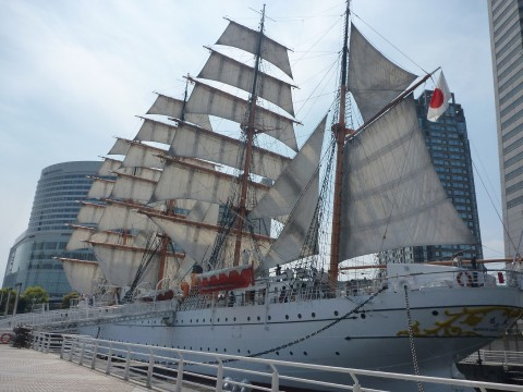 Yokohama Treasures: Nippon Maru and the Maritime Museum images