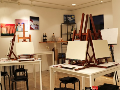 Making Art and Much More at ArtBar Tokyo images