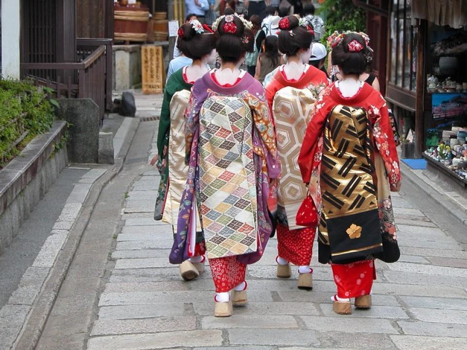 6 Interesting Japanese Manners Customs Deepjapan