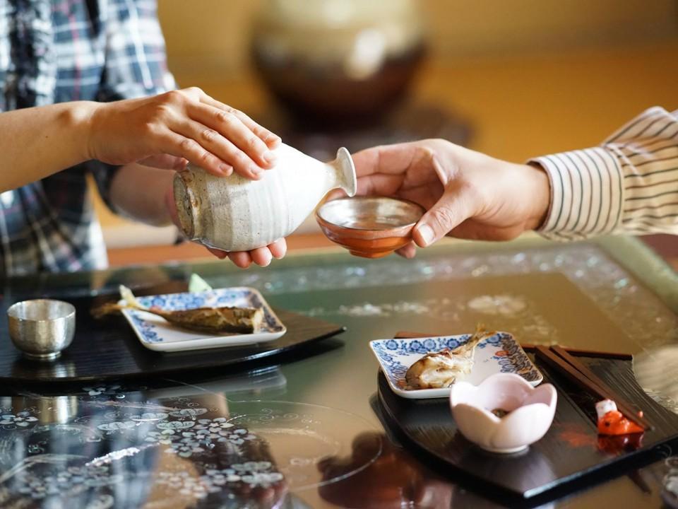 drinking sake