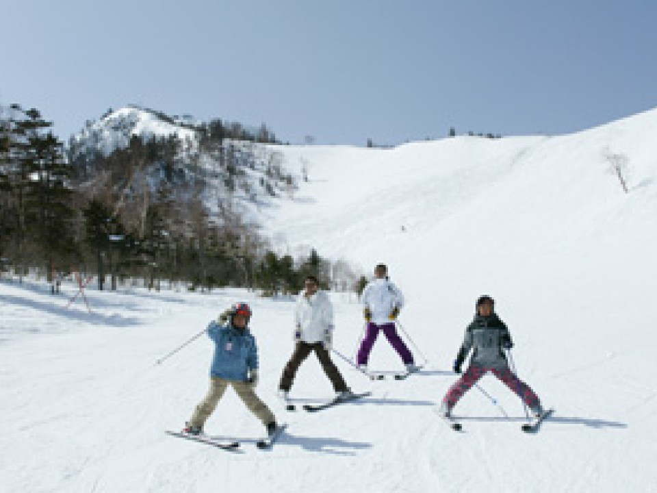 Ski and Snowshoe in Kusatsu