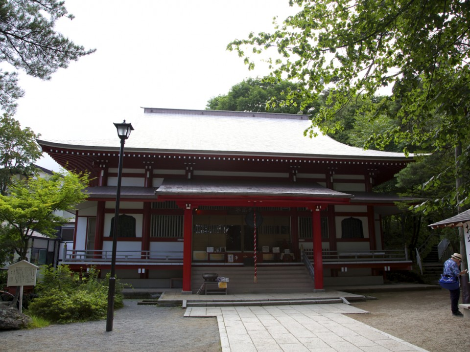 Shirane Shrine in Kusatsu