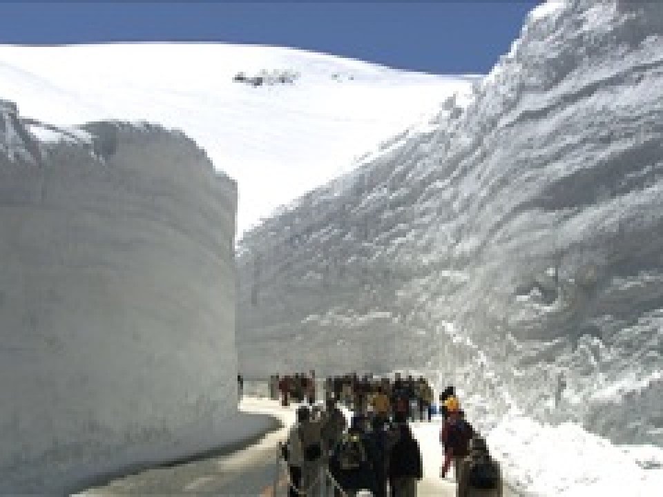 Big Snow in Kurobe Mountains