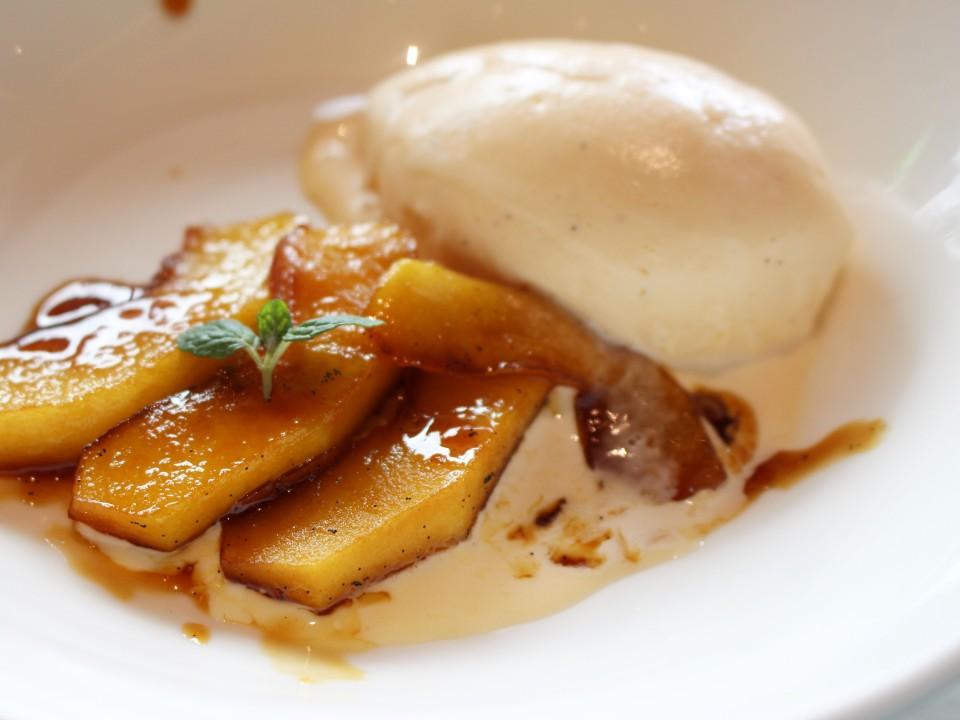 Carmelized apples with fresh vanilla ice cream