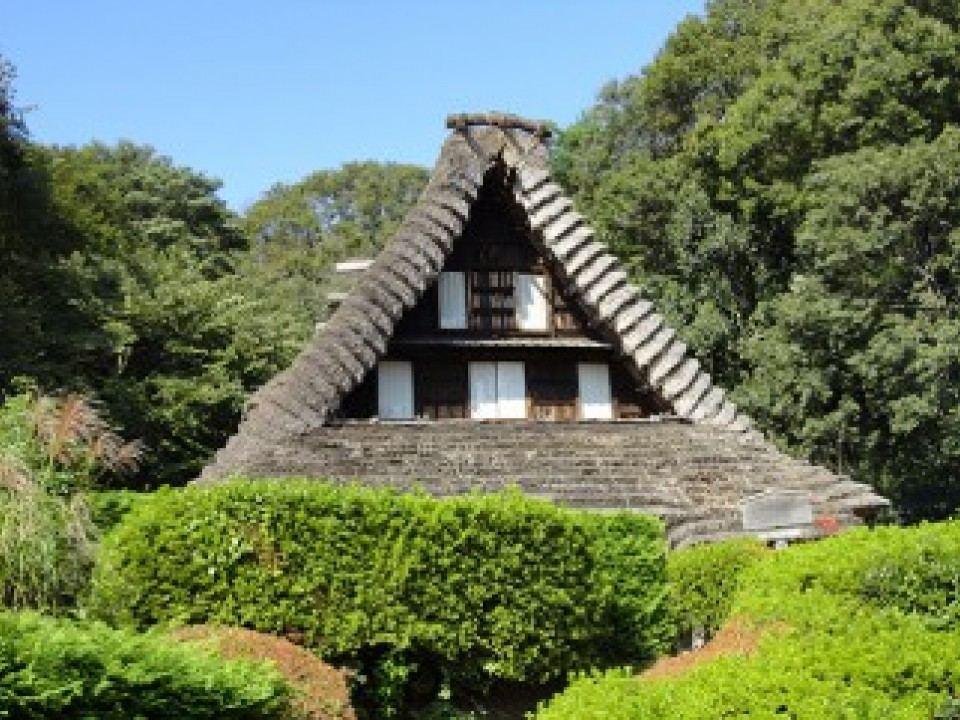 This is the Emukai-ke house, which is a nationally designated cultural property.