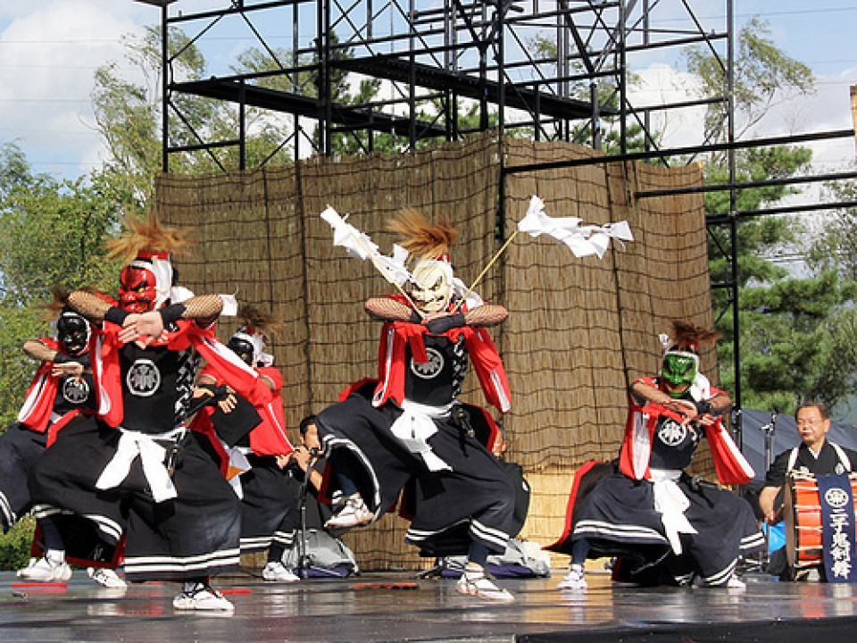 Oni Dance http://www.kitakami-kanko.jp/