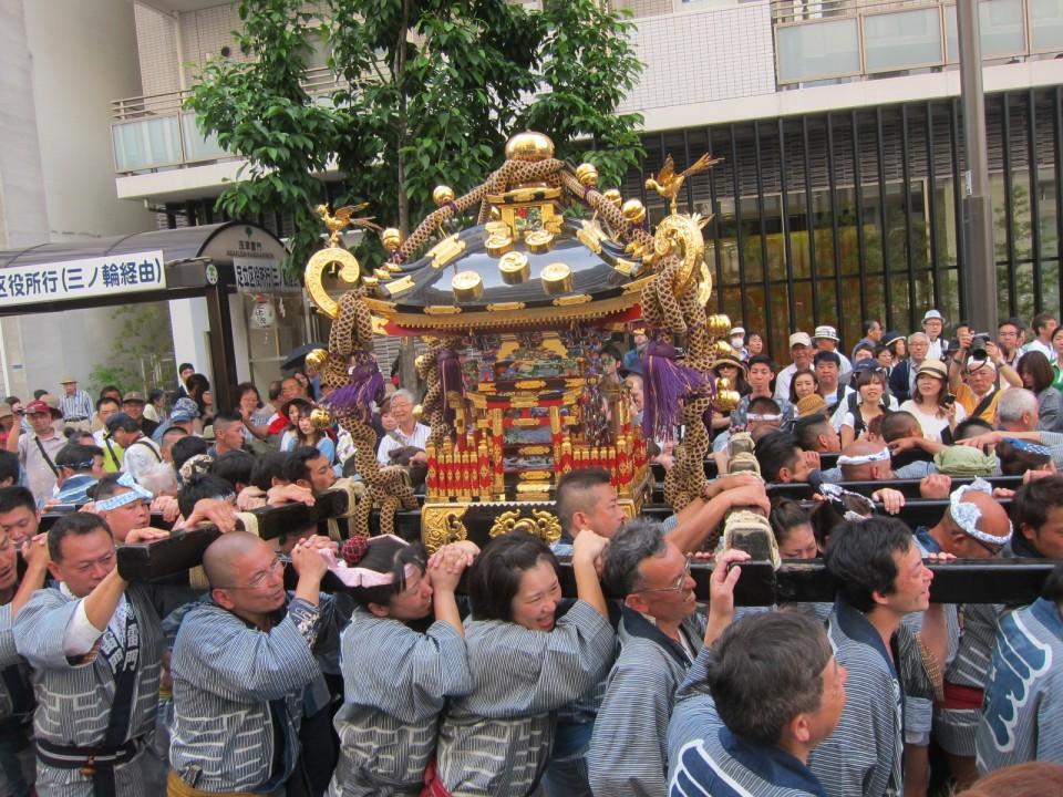 portable shrine carried by local people