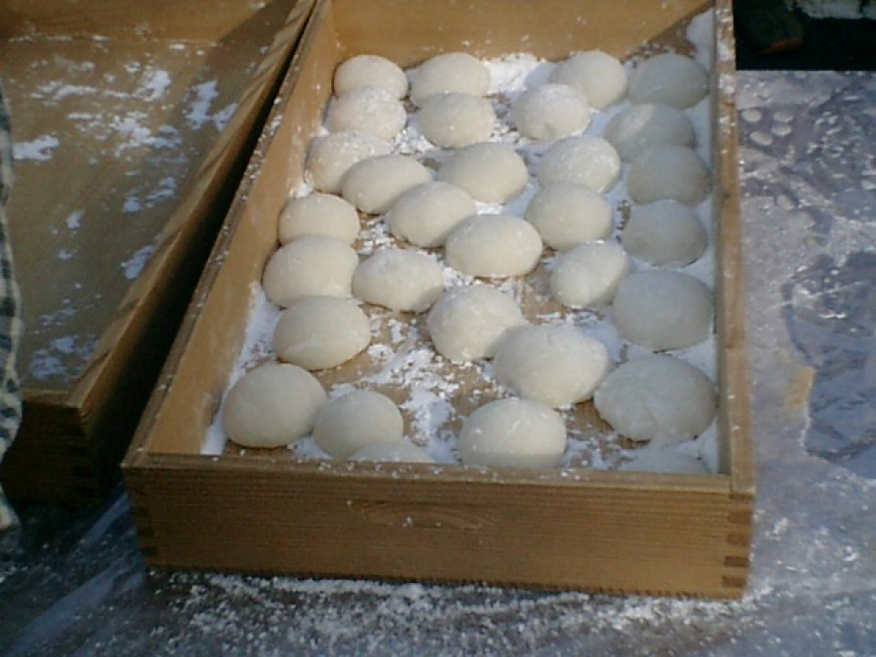 Mochi after it has been divided