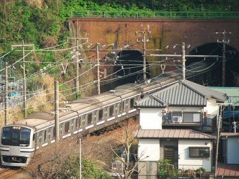Go to Kamakura Using the Yokosuka Line in Japan images