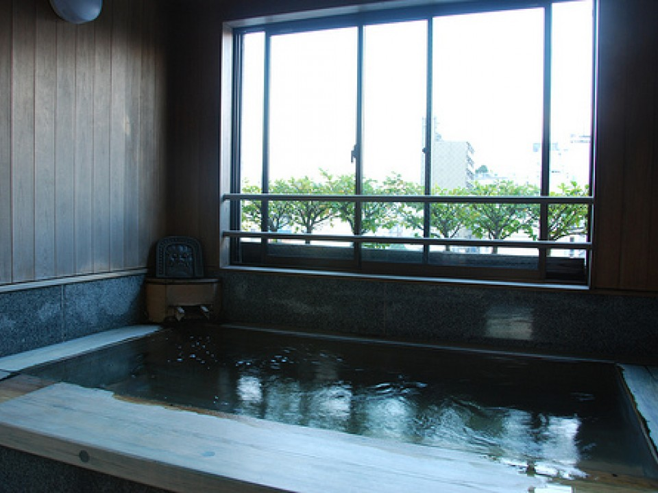 A Shared Bath in a Ryokan