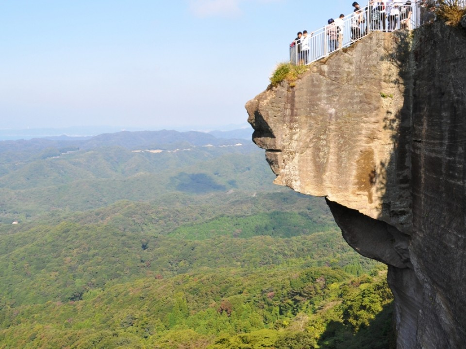 One of the lookout cliffs at Nokogiri-yama