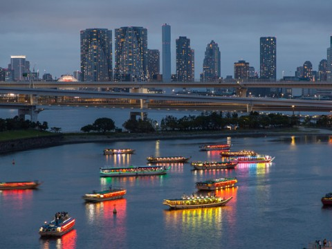 Watch Hanabi while cruising the Sumidagawa river in Tokyo, Japan. Perfect for Summer Fireworks and amazing memories. images