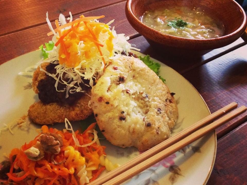Macrobiotic lunch plate